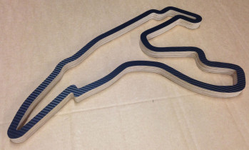Film for racetrack in carbon look