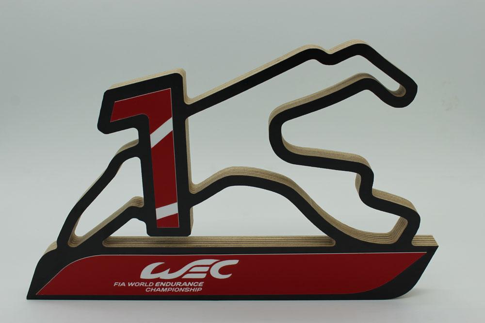 WEC Pokal 2 farbig